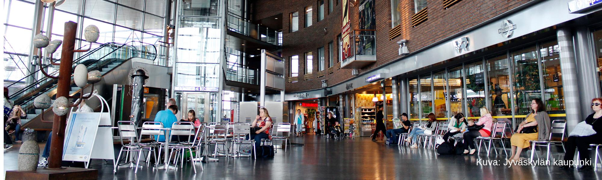 matkakeskus jyväskylän keskustassa